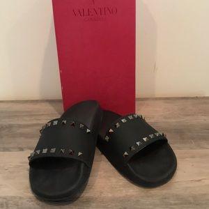 Ladies Valentino Rock Stud sandal